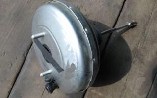 При нажатии на педаль тормоза слышно шипение ваз 2114