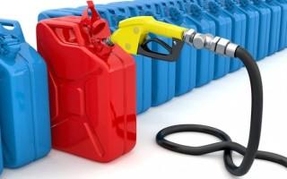 Можно ли хранить бензин в пластиковой канистре