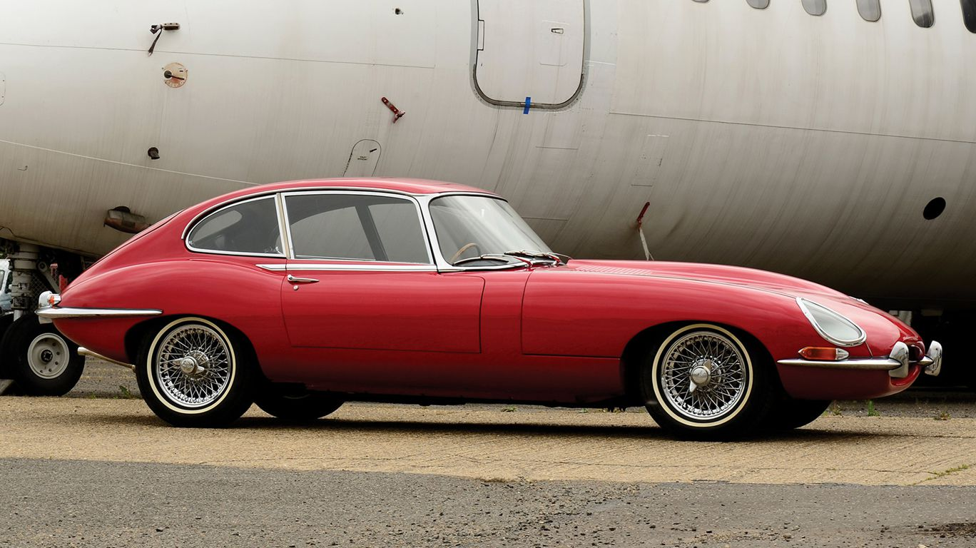 Jaguar-e-type 2 plus 2 coupe