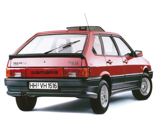 ВАЗ 2109 длиннокрылая, экспортный вариант, красного цвета