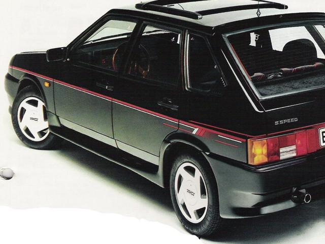 ВАЗ 2109 короткокрылая, экспортный вариант, черного цвета с люком
