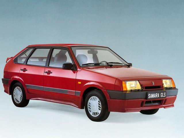 ВАЗ 2109 короткокрылая, экспортный вариант, красного цвета GLS
