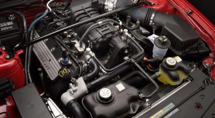 Двигатель и инжектор