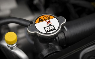 BMW низкий уровень охлаждающей жидкости, причины, способы устранения