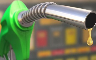 Залил в бак солярку вместо бензина?