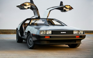 DeLorean DMC-12: история создания, фото